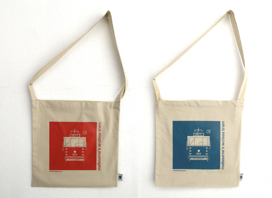 red and blue  tram bag 560 wide_300 dpi